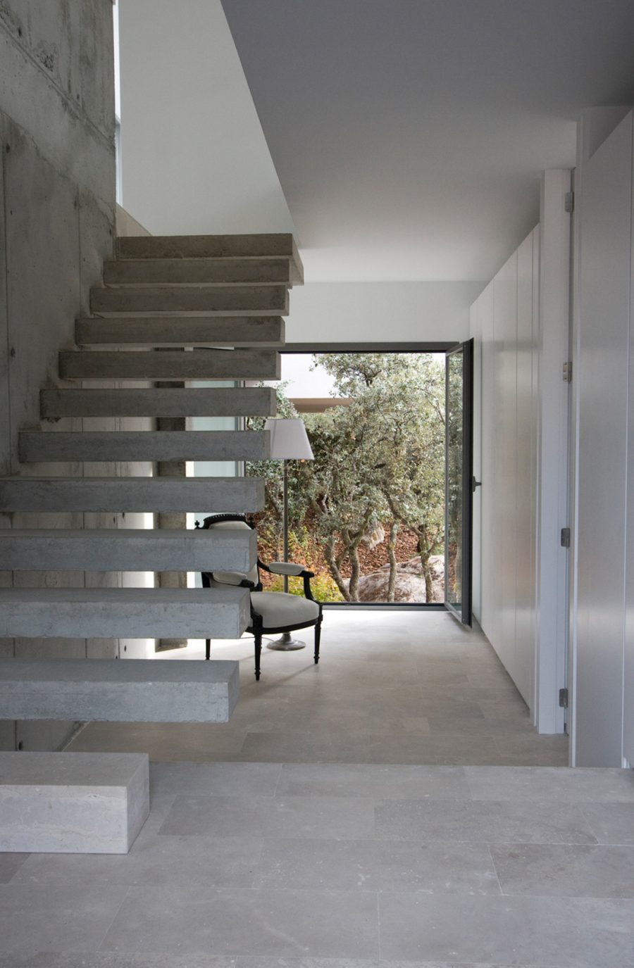 Casa mar de encinas escalera