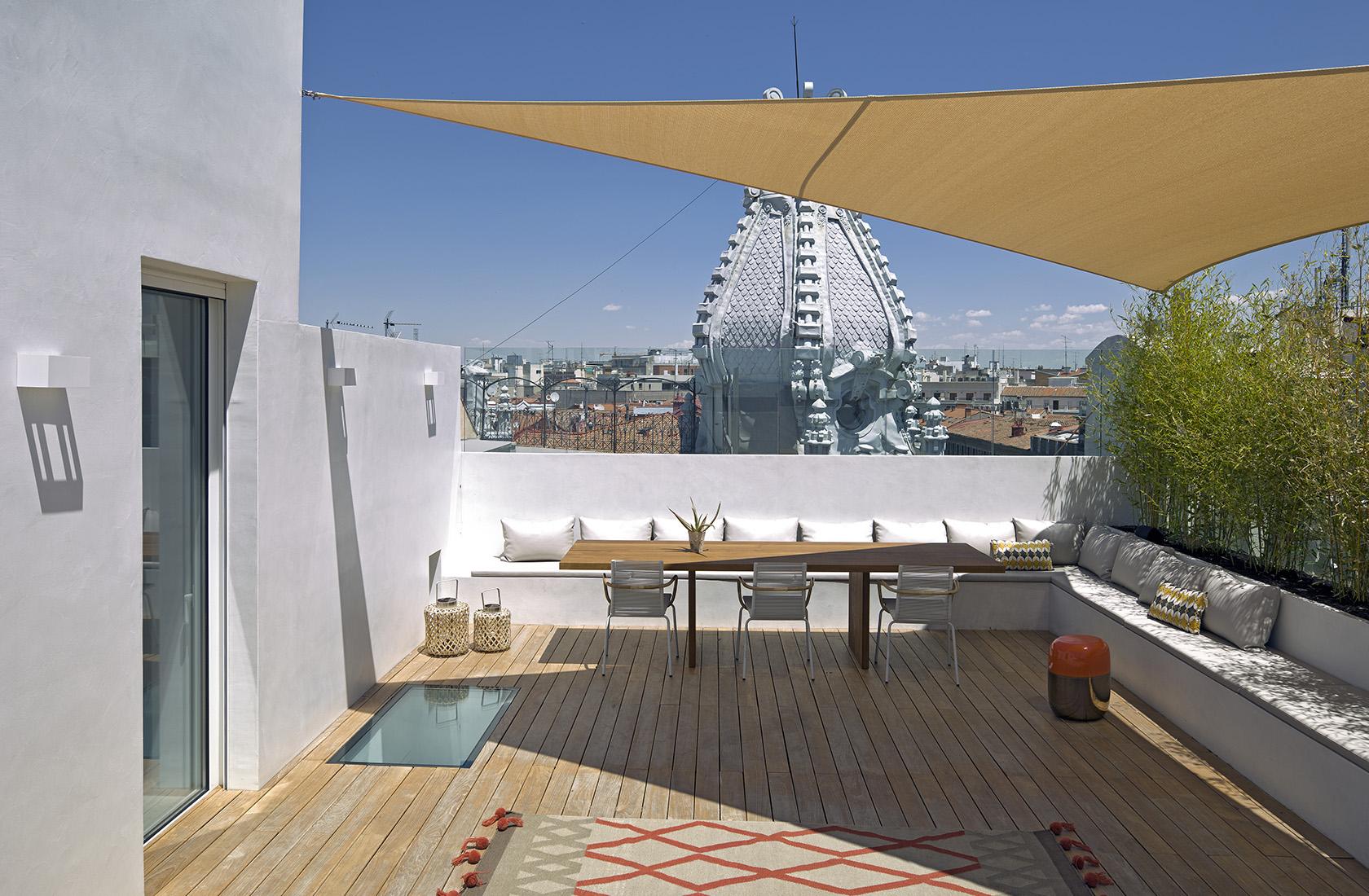 terraza con vistas a madrid de la reforma integral en alcalá