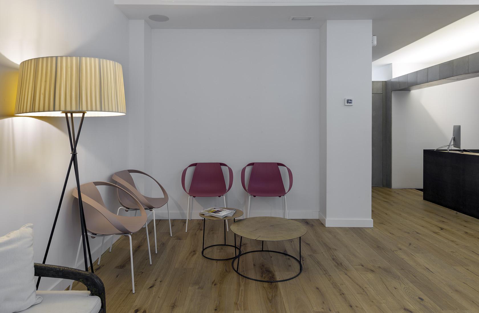 Sala de espera reformada, Clínica Dental González-Solano