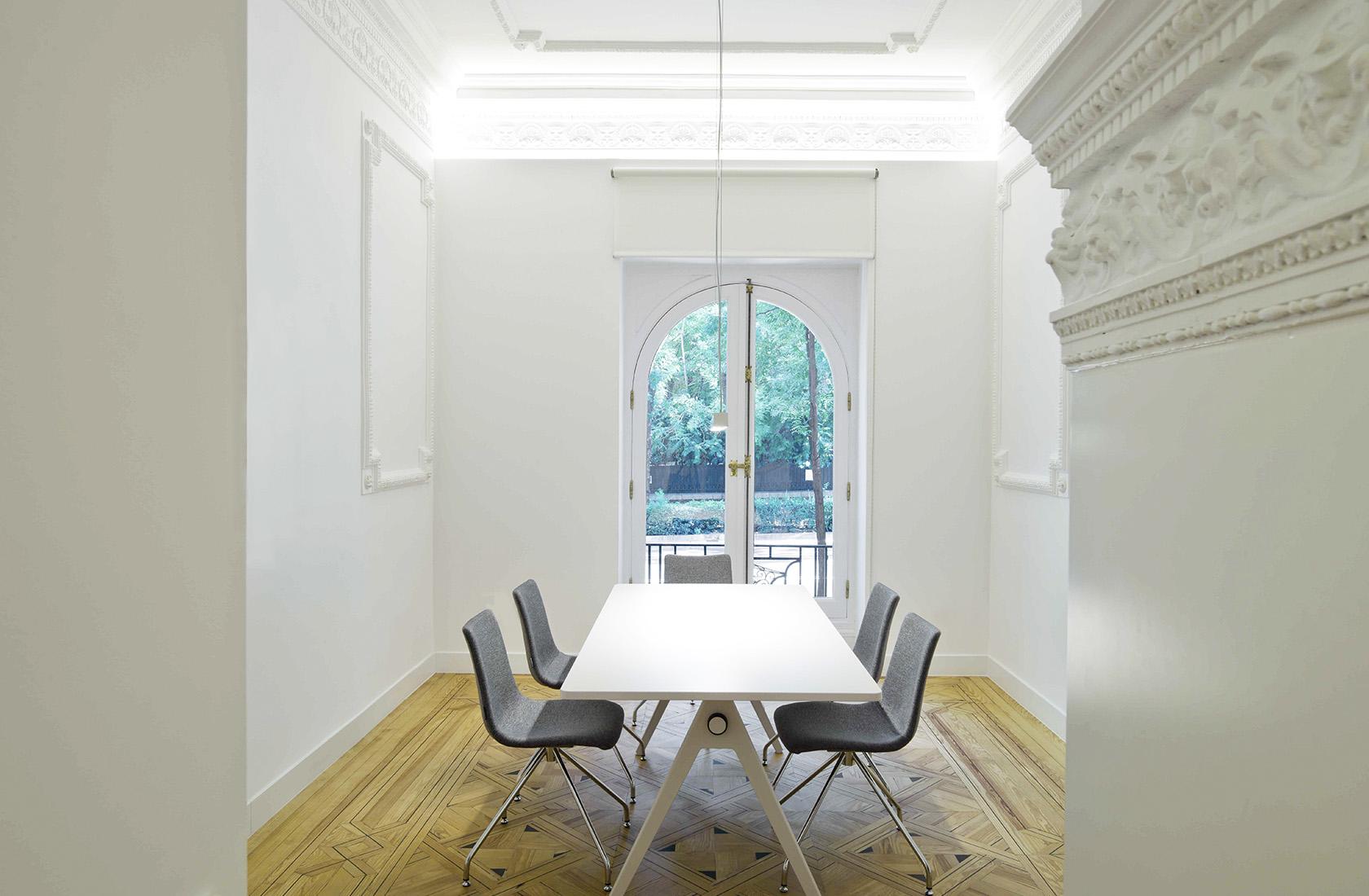 sala de reuniones de la oficina ed