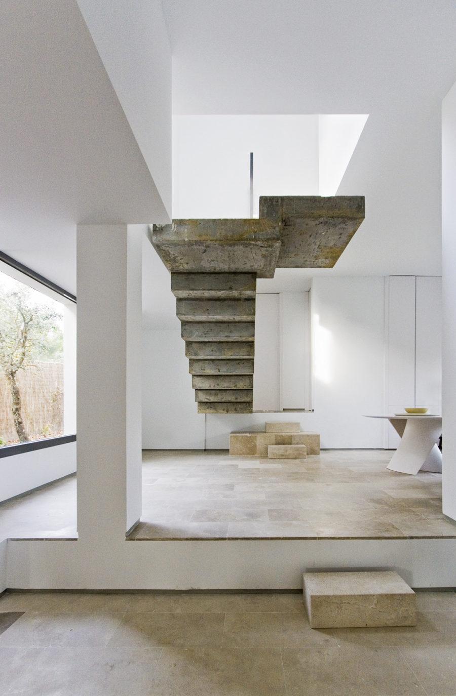 Casa c 51 escalera 01