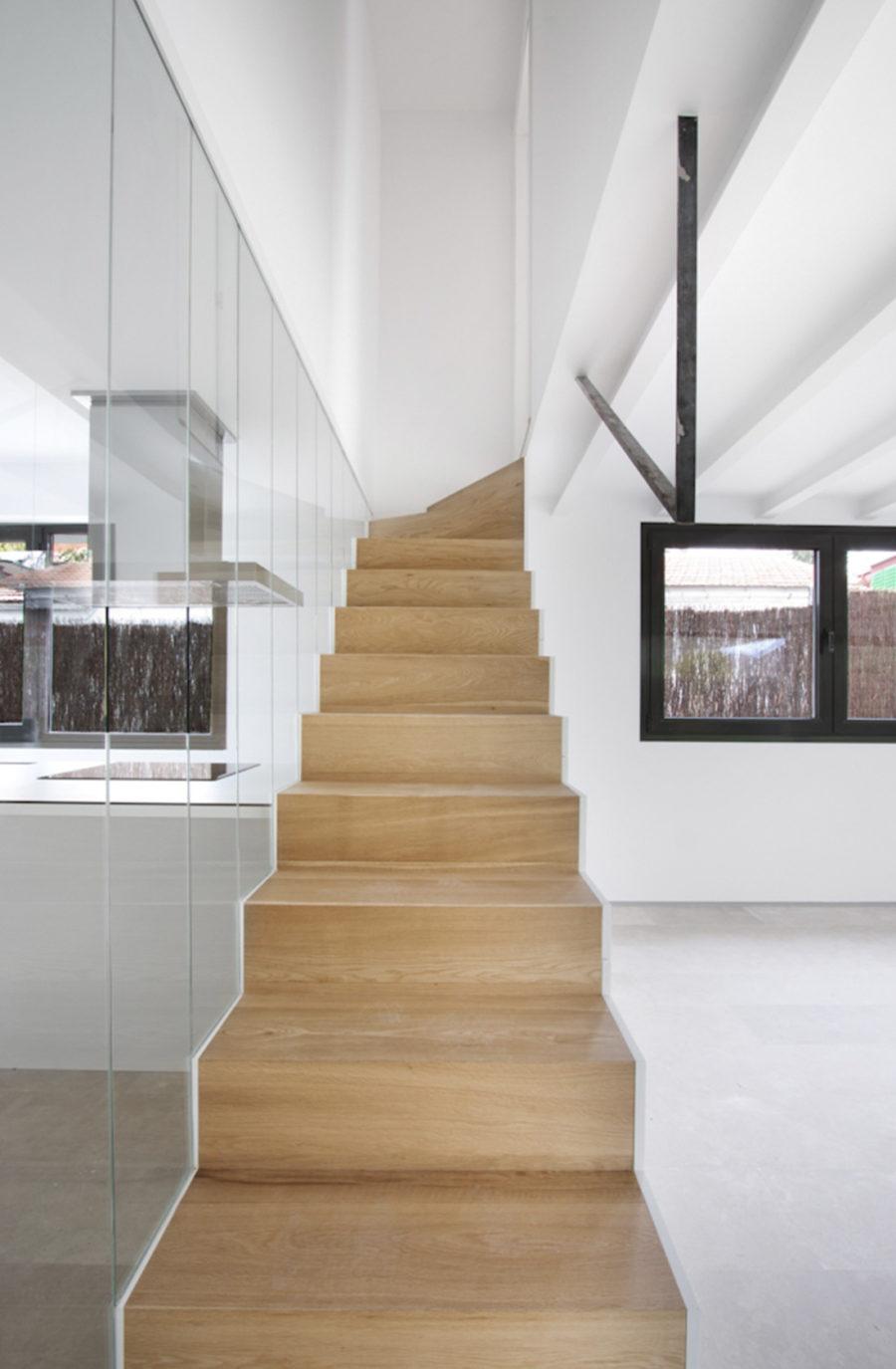 Promocion viviendas aravaca escalera 1