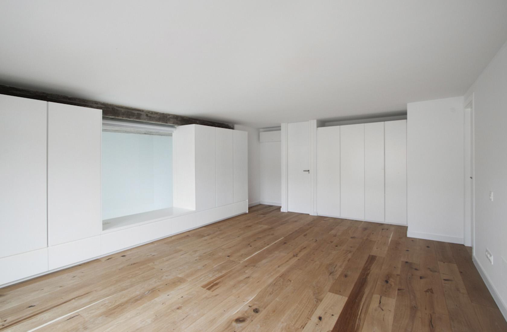 Promocion viviendas aravaca salon 01