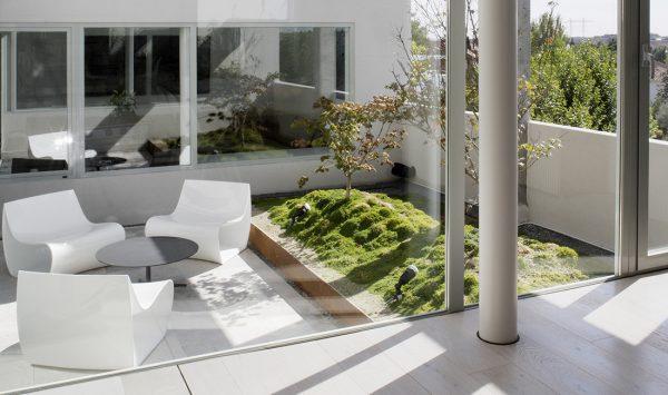 Proyecto de arquitectura piso atico en u